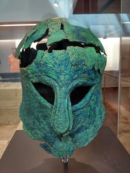 Casco fenicio en el Museo de Málaga