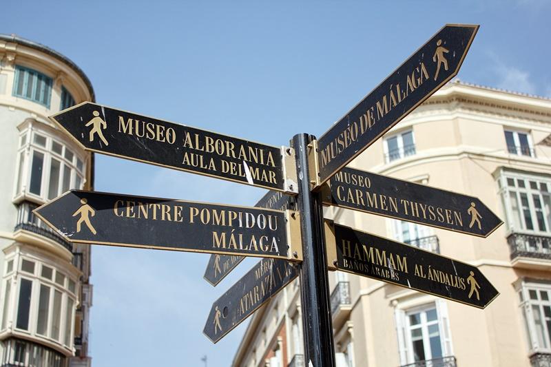 Flechas de indicación en Málaga