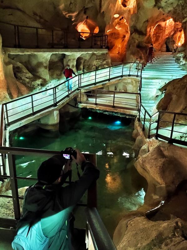Fotografiando-Sala-Lagos-Cueva-Tesoro