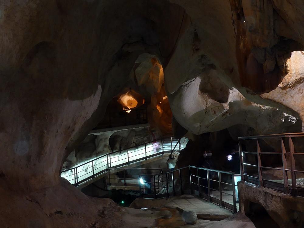 Sala-Lagos-Cueva-Cantal-Alto-Malaga