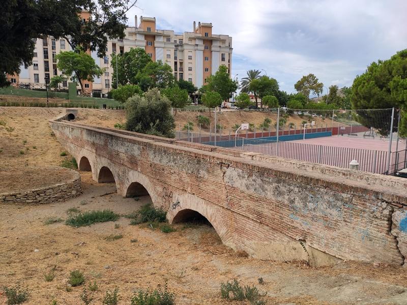 Acueducto-San-Telmo-Parque-Nogal