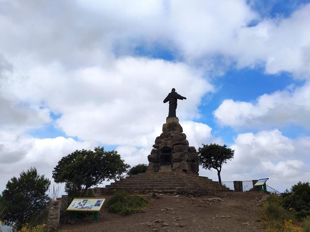 El-Santo-Pizarra